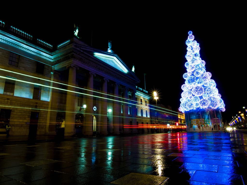Dublin christmas lights by Sebastian Dooris